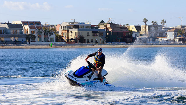 Jet Ski Rental | Image 5 | Mission Bay Sportcenter